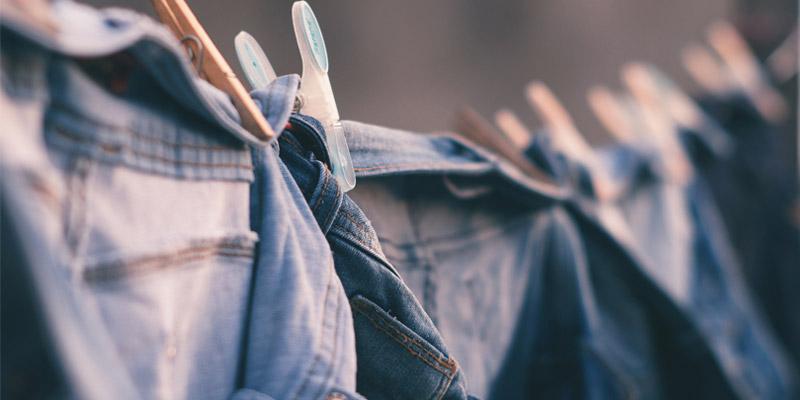 Como evitar el olor a húmedo de los jeans
