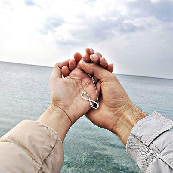 El símbolo infinito representa amor eterno